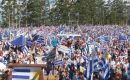 Under a massive display of Uruguayan flags farmers and families convened on Tuesday mid afternoon to the meeting in Durazno