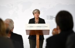 "No 10 says Mrs May had made progress in the negotiations and set out a ""clear vision"" of the UK's future relations."