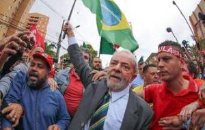 Datafolha also showed that 53% of Brazilians believe Lula should be jailed, while 44% feel the contrary and 3%, did not reply.