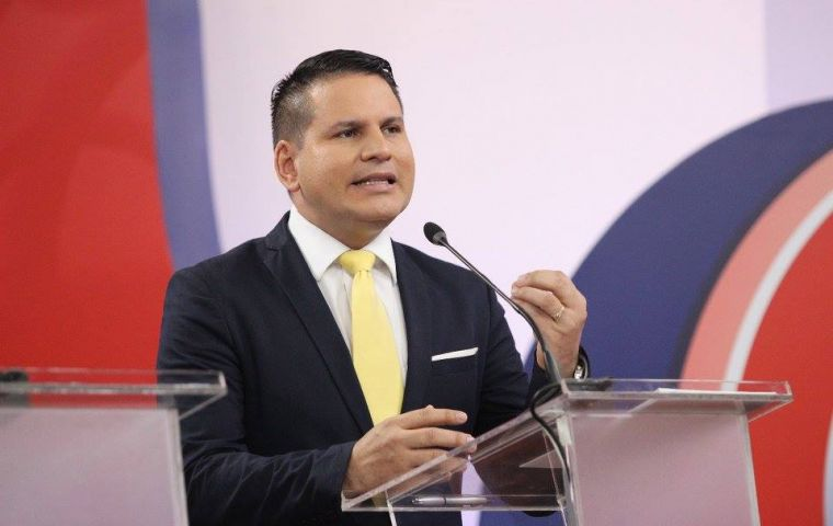 Evangelical Christian and congressman Fabricio Alvarado, has pitted himself against an international ruling urging Costa Rica to legalize same-sex marriage.
