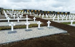 The Argentine Memorial at Darwin with the rows of graves, with their white cross and black granite plaques. Pic CICR