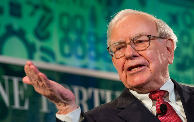 The Republican law reform, approved in December, cut the corporate tax rate to 21% from 35%. Mr Buffett, one of the richest men in the world, opposed the plan.