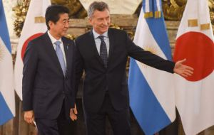 The Argentine president and Japanese Prime Minister Shinzo Abe