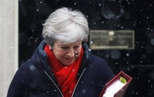 Theresa May has said 80% of firms would face no new customs checks between Northern Ireland and the Irish Republic and others would be simplified.
