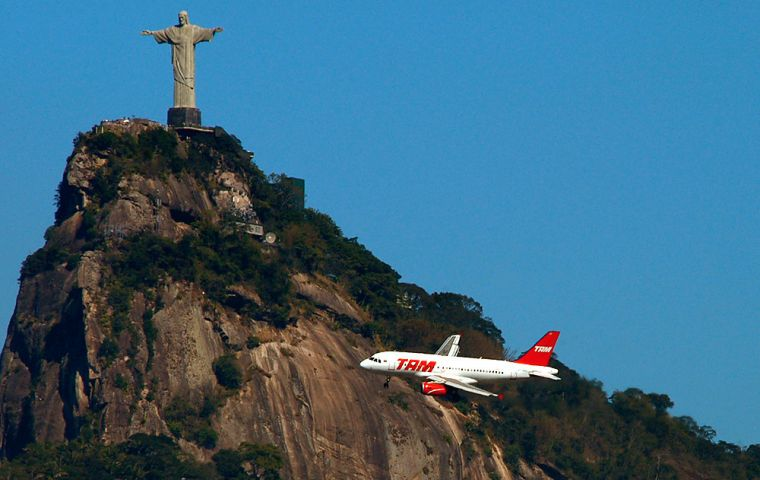The agreement allows an unlimited number of flights between Brazil and the United States, the favorite destination of Brazilian tourists