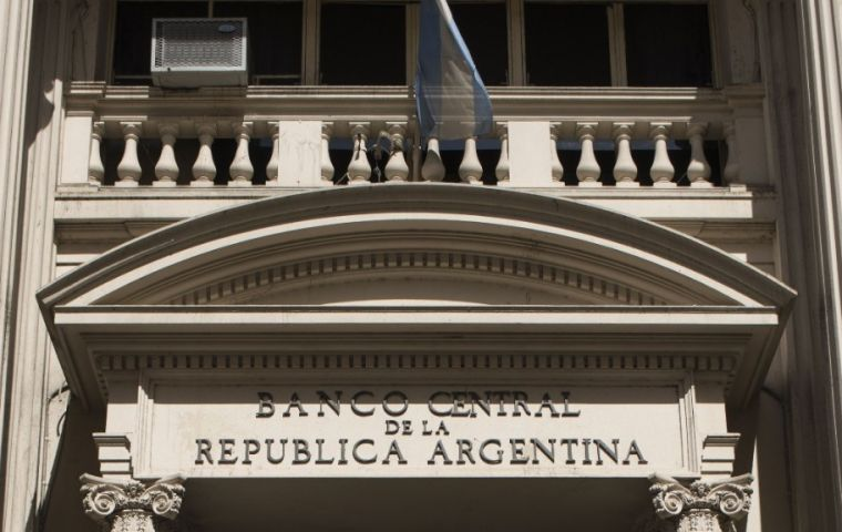 The Central Bank confirmed its policy of supporting the Argentine Peso with occasional interventions in the money exchange market