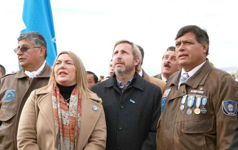 """Many of our heroes died defending that piece of motherland soil so that our flag could again fly. That is why Malvinas is so convoking"" underlined Frigerio"