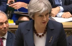 The report puts pressure on Mrs. May ahead over a vote in the Commons next week on keeping the UK in the European Customs Union