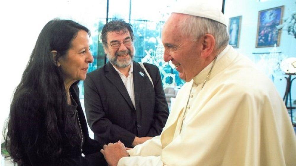 El saludo del Papa estuvo dirigido a Ana María Careaga, hija de una de las fundadoras de la asociación, Esther Ballestrino de Careaga
