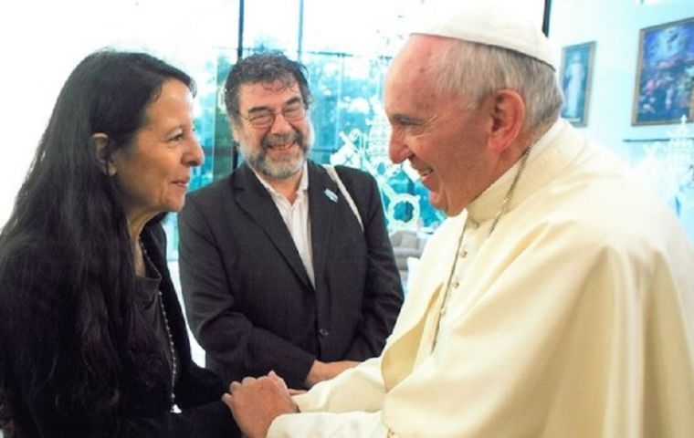 The Pope's greeting was addressed to Ana María Careaga, daughter of one of the  founders of the association, Esther Ballestrino de Careaga