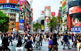 Tokyo is the world's largest city with an agglomeration of 37 million inhabitants, followed by New Delhi with 29 million,