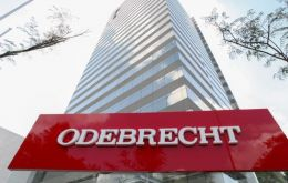 Odebrecht said that Itaú Unibanco Holding SA and Banco Bradesco SA, Brazil's top two lenders, will give Odebrecht a joint loan of 2.6 billion reais.