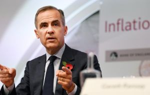 "BoE governor Mark Carney said a ""disorderly"" Brexit transition period may trigger a cut in interest rates, or force a pumping of money into the economy"