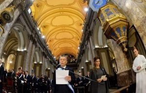 President Macri is received by Cardinal Poli at the Buenos Aires Cathedral for the official 25 May Tedeum