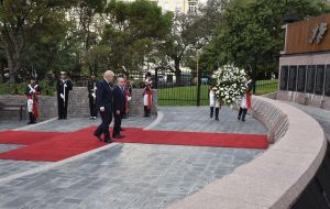 Two weeks ago Foreign Secretary Johnson visited Buenos Aires and performed a similar ceremony at the cenotaph honoring Argentine combatants