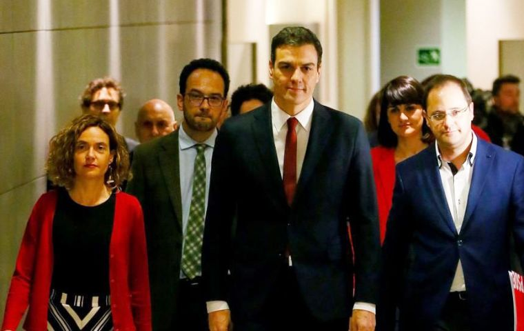 "Sánchez mix of party colleagues and experienced figures from outside politics is being described in Spain as a ""feminist cabinet""."