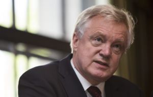 "David Davis reportedly threatened to resign unless there were changes to the Government's latest ""backstop"" proposal to avoid a hard border in Ireland"