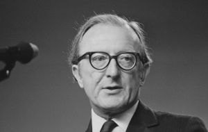 His decision in 1982 to step down as foreign secretary, is frequently cited as a rare example of an honorable ministerial departure
