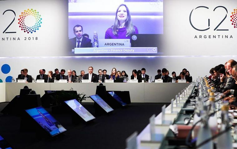 G20 warned that growth was becoming less synchronized among major economies and downside risks over the short- and medium-term had increased.