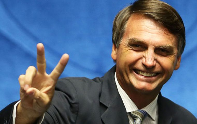 Bolsonaro, candidate of the Social Liberal Party, announced his choice of reserve Gen. Hamilton Mourao, belonging to right-wing Brazilian Labor Renewal Party