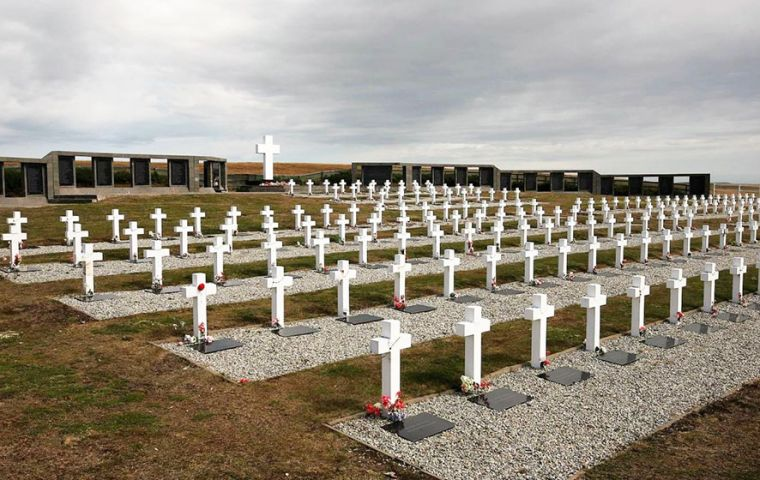 The Argentine military cemetery at Darwin