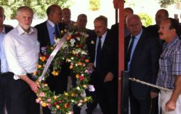 A photograph in the Daily Mail showed the Labour leader laying a wreath in a cemetery in Tunisia four years ago