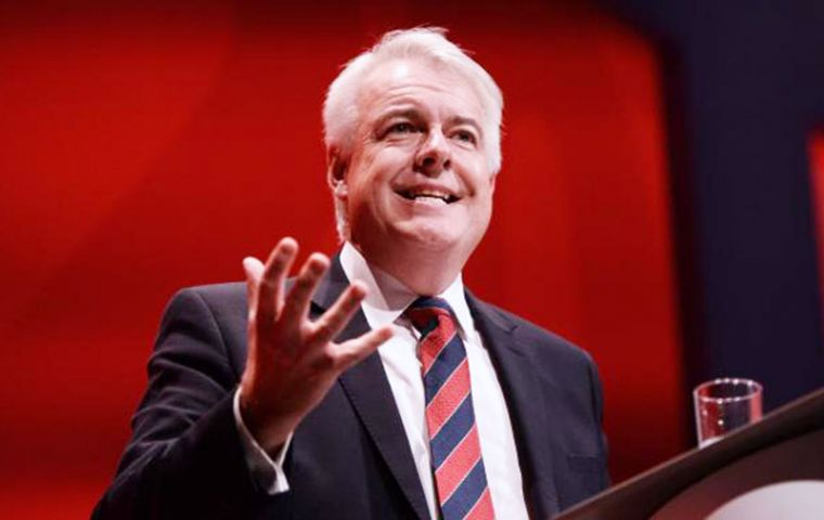 "Welsh First Minister Carwyn Jones said a ""No-deal would be a catastrophic failure of UK government that would cause huge disruption"""