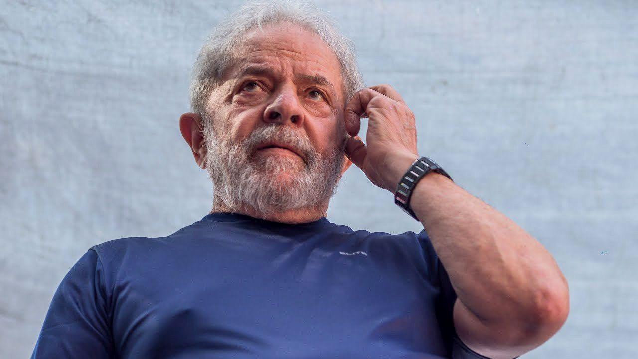 El ex presidente afirma que es inocente y que la condena es parte de una estratagema diseñada para mantener fuera de las elecciones.