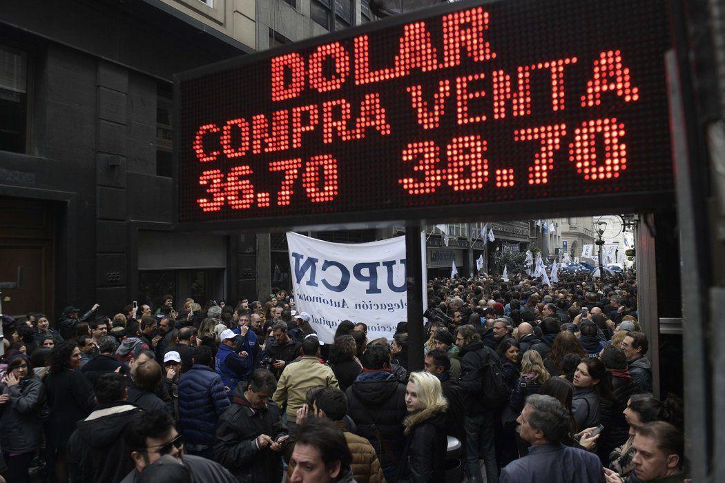 El peso argentino fue más fuerte que el $ 38.52 por dólar el miércoles, marcando una pausa poco común en la cuenta de The New Year.