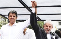 Lula will ask his followers to vote for Haddad, sources said. The PT has until the end of Tuesday to register Haddad as its presidential candidate
