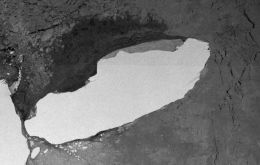 The A68 iceberg is the sixth-largest ever recorded, according to a NASA-ESA database, weighs an estimated trillion tons