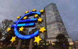 In Frankfurt, the European Central Bank decided to kept its benchmark interest rates unchanged on Thursday, which was widely expected