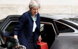 "She warned against ""throwing everything up in the air"" by tearing up Chequers and seeking an alternative solution at this late stage in negotiations"