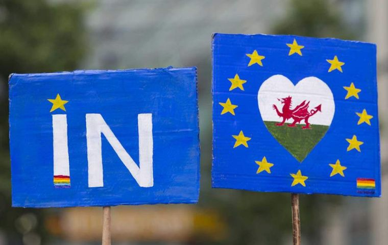 """With Wales now opposed to Brexit, albeit narrowly, this now means that all three nations in the UK outside England now back remaining in the European Union"""