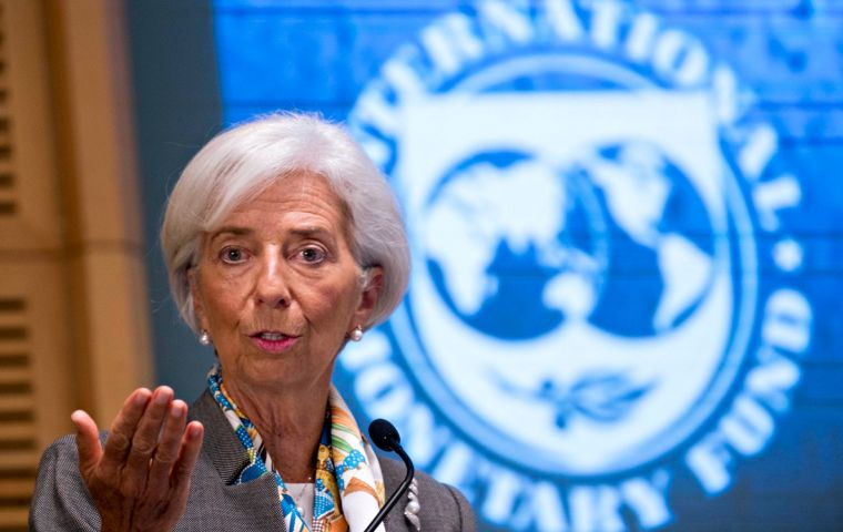 The IMF expects Britain's economy to grow by 1.5% in both 2018 and 2019 if a broad Brexit agreement is struck