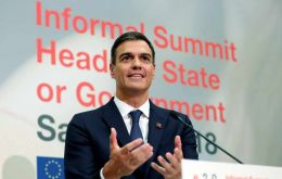 Speaking at an informal meeting of the EU in Salzburg, Sanchez said PSOE was maintaining the same negotiating position on Gibraltar adopted by Partido Popular