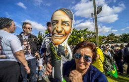 Bolsonaro has held his lead ahead of the Oct. 7 election with 27% of voter support, the survey by polling firm Ibope commissioned  by CNI indicated