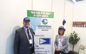 Roger  Edwards  MLA and Diane Simsovic in the SAAS stand during the event