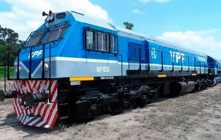 The Norpatagonico railroad is expected to bring down the number of vehicles on Roads 22, 151 and 7, which link the Neuquén town of Añelo (where Vaca Muerta is located) and Buenos Aires.