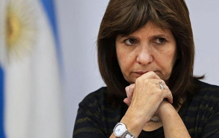 """The pope has not taken the necessary distance with Argentine politics. He should have done so,"" pointed out Security Secretary Patricia Bullrich"