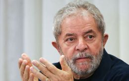 """We've arrived at the end of the electoral process with the threat of an enormous setback for the country, for democracy and for our suffering people,"" wrote Lula"