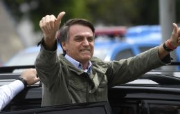 "Mauricio Macri, was on the phone with the president elect, but earlier in the evening ""congratulated Jair Bolsonaro for his victory in Brazil!!"