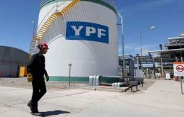 YPF intends to invest US$ 3.6 billion on infrastructure in Vaca Muerta over the next five years, CEO Daniel Gonzalez said, with 1,700 wells drilled by 2023