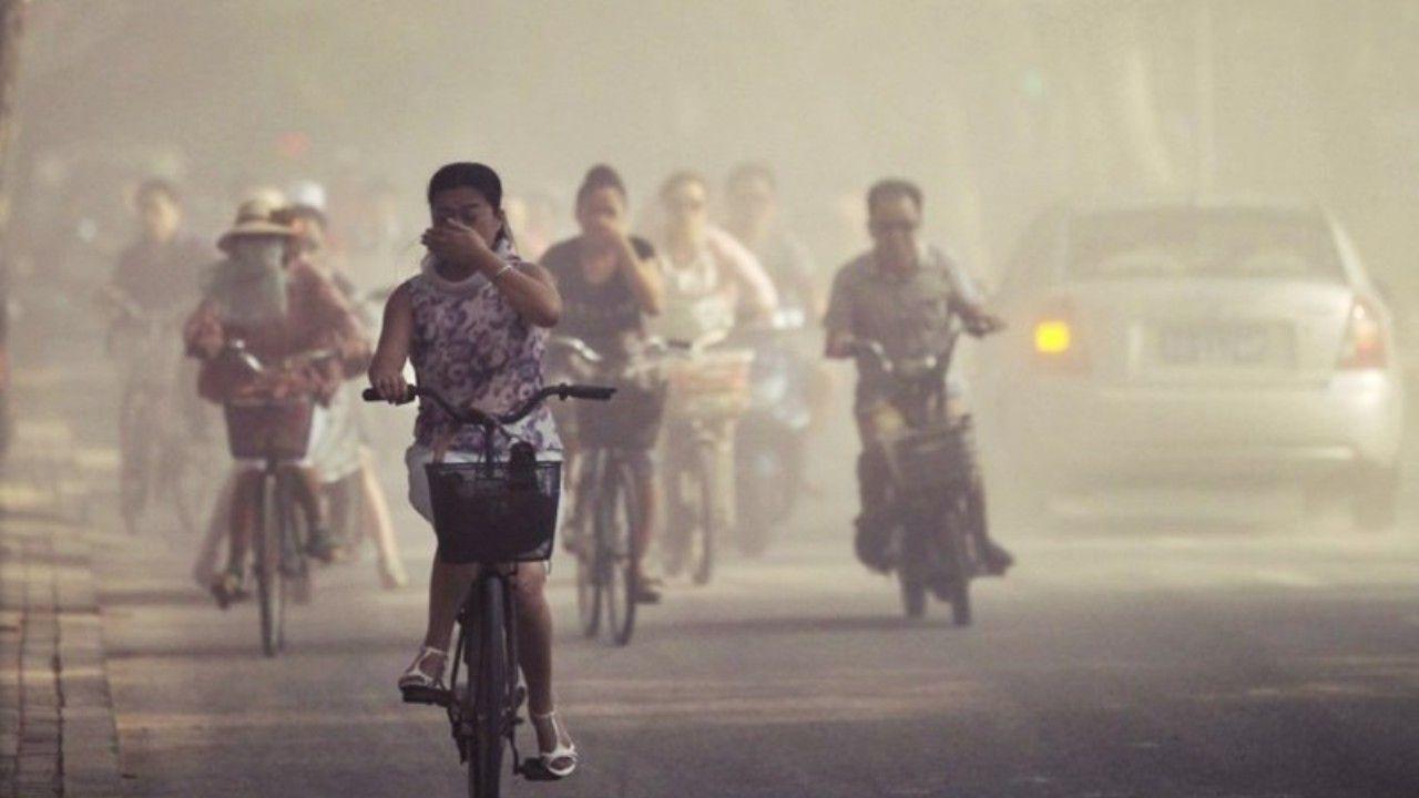 Un nuevo informe de la OMS sobre la contaminación del aire y la salud infantil examen de la gran cantidad de contaminación ambiental y doméstica en la salud de los niños del mundo.