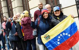 Uruguay's Foreign Ministry records 25% more applications for residence by Venezuelan migrants.