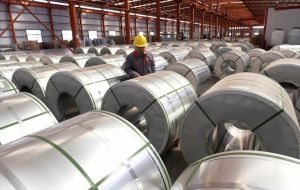 In 2017, imports of common alloy aluminum sheet from China were valued at an estimated US$ 900 million, the Commerce Department said