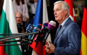 "A special summit later in the month would be dependent on EU negotiator Michel Barnier declaring that ""decisive progress"" has been made in talks"