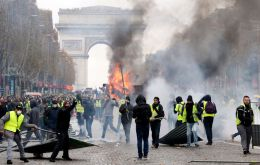 There was chaos on the Champs-Elysées on Saturday as police used tear gas and water cannon to disperse protesters.