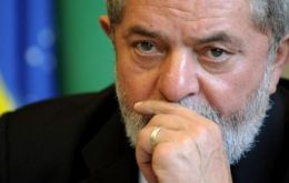 Lula is believed to have received one million reais (US$ 250,000) in bribes from under the guise of donations to his charitable Lula Institute