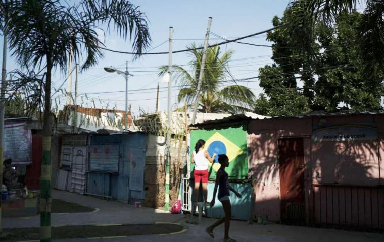 Brazil's northeast region was the poorest, followed by the north. The definition of poverty is when a person lives with less than US$ 5.50 per day.